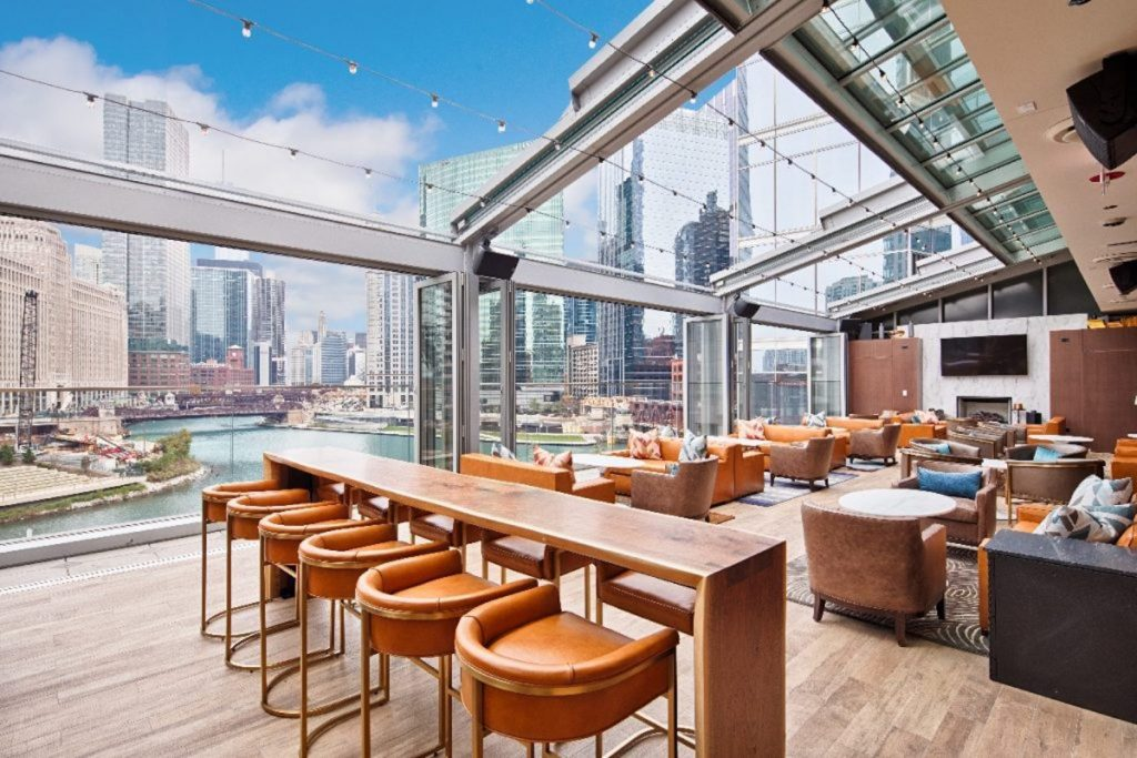 OpenAire_Commercial_Restaurant_Riverpoint_Chicago_1067x800-3-1024x683
