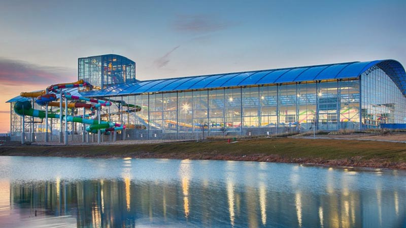epic waterpark retractable roof structure
